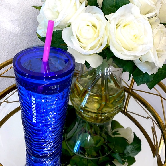 Starbucks- Cobalt Blue- Wave Cold Cup- 18oz Glass